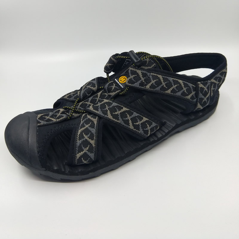 2020 summer outdoor Baotou mens and womens beach shoes