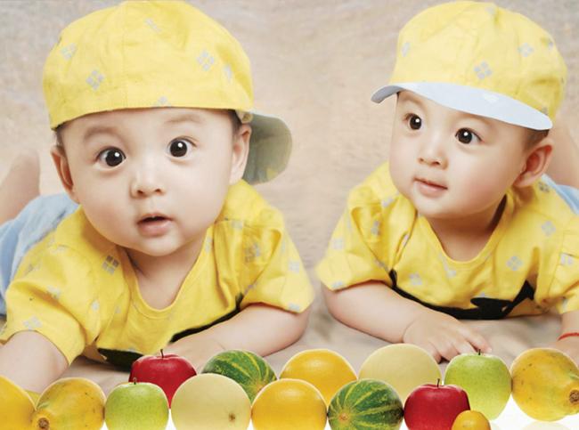 Плакаты с малышами Артикул 562981633070