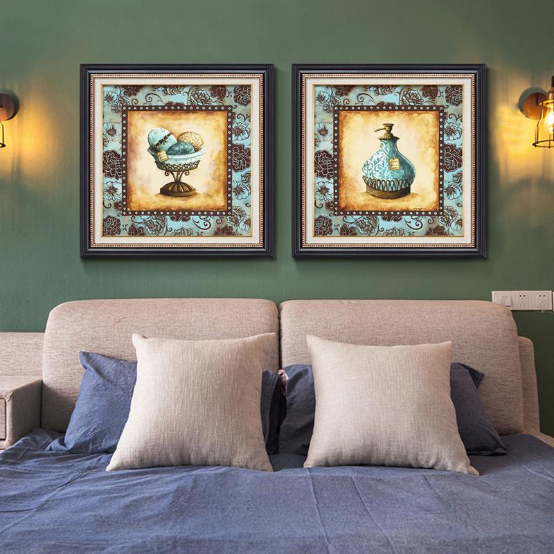 卧室床头欧式两联油画沙发背景墙