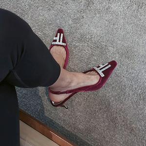 2021新款小跟凉鞋女仙女风tf水钻包头高跟鞋法式丝绒中跟单鞋女鞋