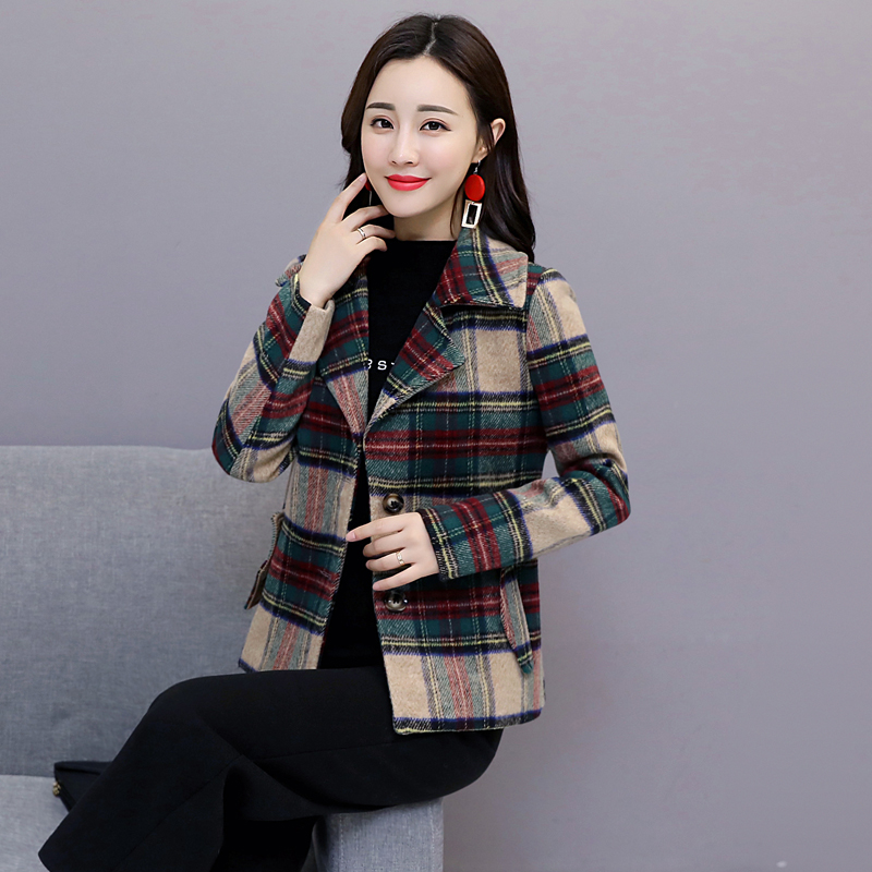 Blazer short coat womens autumn and winter 2020 new Korean loose spring and autumn thin cotton small woolen plaid coat