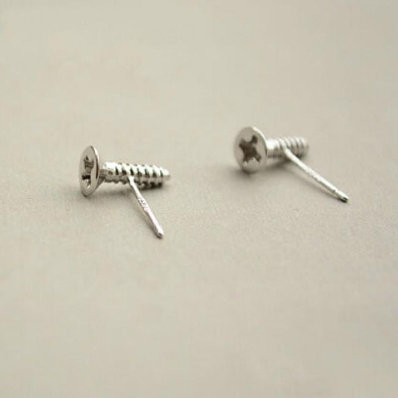 简约百搭个性设计S925纯银可爱时尚小螺丝耳钉女耳坠耳饰品防过敏