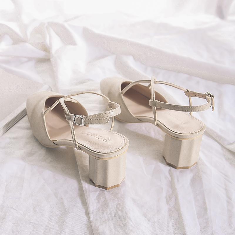 春夏季百搭尖头粗跟凉鞋女包头中跟罗马凉鞋交叉带罗马鞋女高跟鞋