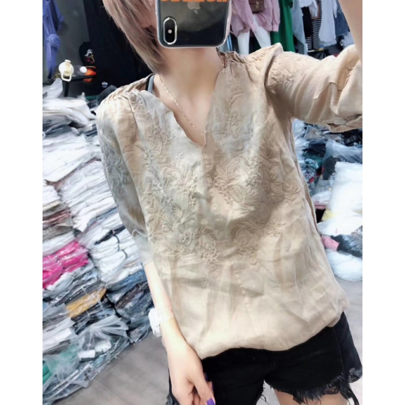 Europe station 2020 summer dress new European fashion loose solid color embroidered V-neck 5 / s Micro transparent thin T-shirt for women
