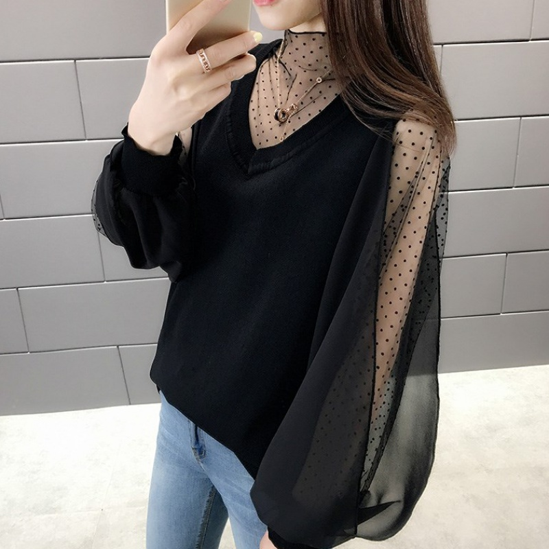 Spring new ice silk knitwear womens loose lace shoulder leakage very fairy top foreign style overcoat womens thin