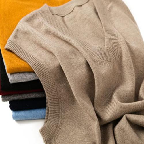 Wool vest mens V-neck knitted warm wool jacket solid cashmere sleeveless vest autumn winter Korean Dad