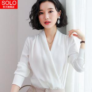 很仙的上衣韩版心机白雪纺衬衫女长袖设计感时尚性感v领洋气小衫