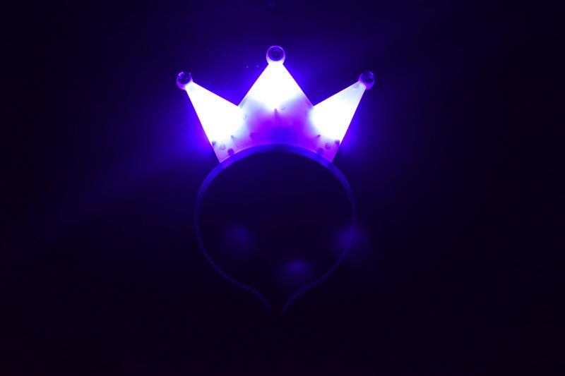 Вспышка императорская корона фиолетовый