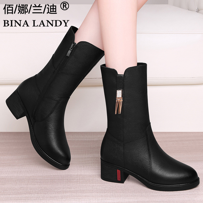 Black British boots 2021 new womens middle class boots flat heel winter top leather Plush warm real leather boots