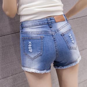 新款韩版中腰牛仔短裤女热裤夏季修身显瘦弹力学生破洞三分四分裤