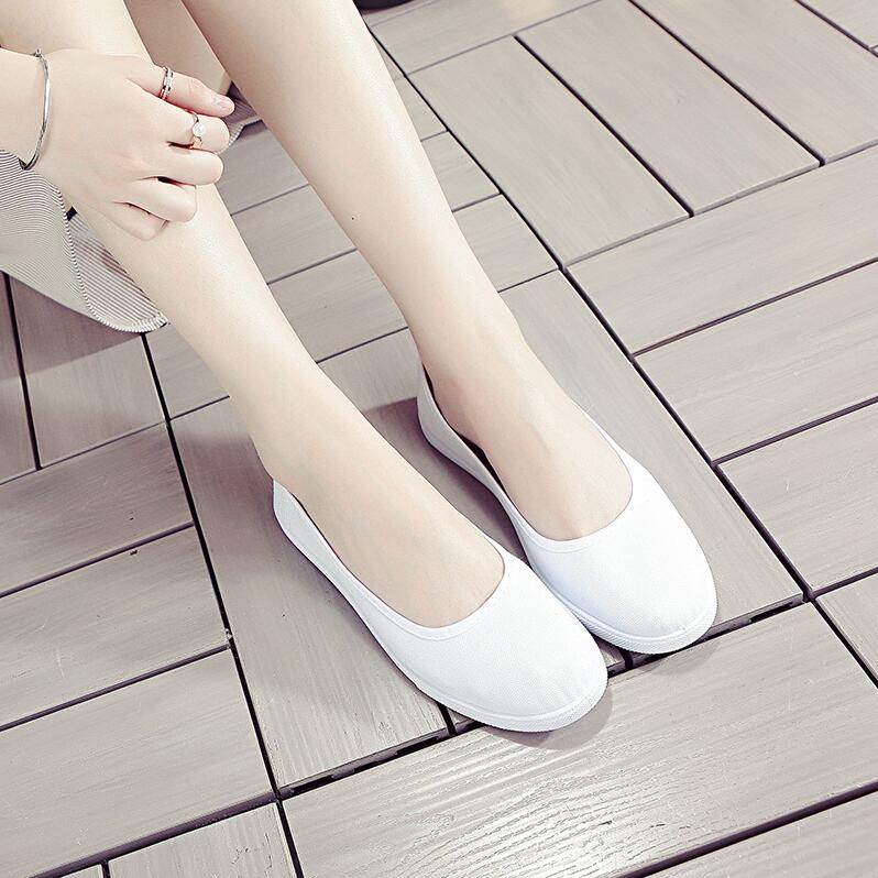 Nurses shoes, womens soft soles, white odor proof and antiskid hospital dance beauty salon bank work flat bottom cloth shoes