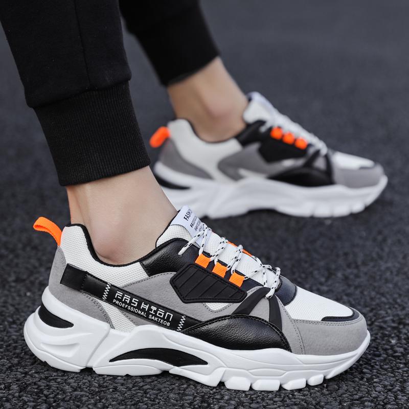 男性靴2021新型春ネットの顔の通気性のお父さんの靴の男性ins湿った木林森レジャー運動靴の男性の湿った靴