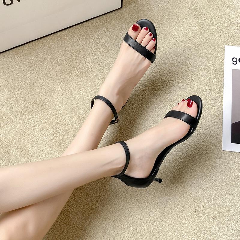 细跟凉鞋女2021夏季新款小跟3cm中跟5cm圆头时尚百搭仙女风一字带
