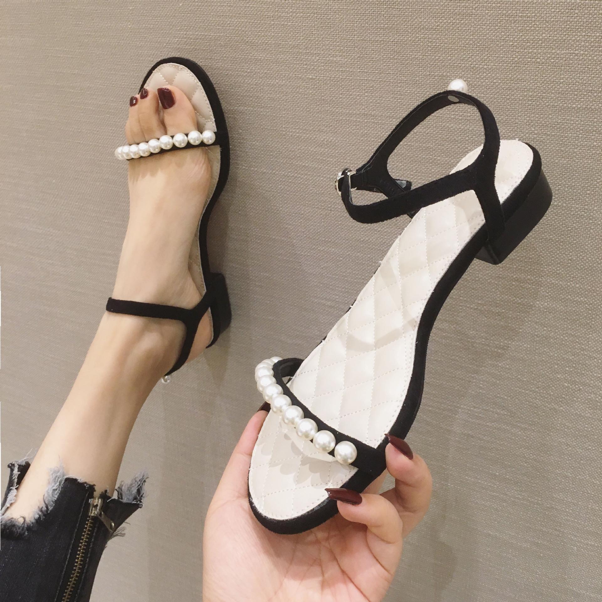 2020夏季新款平底罗马凉鞋珍珠简约露趾一字扣带凉鞋女