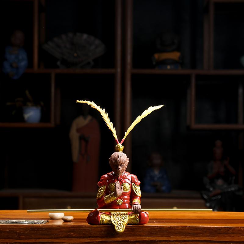 悟空齐天大圣汽车摆件茶宠精品可养紫砂猴子孙悟空金箍棒茶道茶具