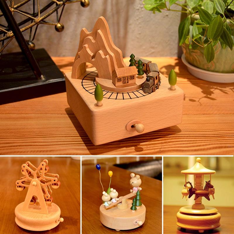 音乐盒 八音盒 旋转木马儿童精品木质男女生生日创意 圣诞节礼物