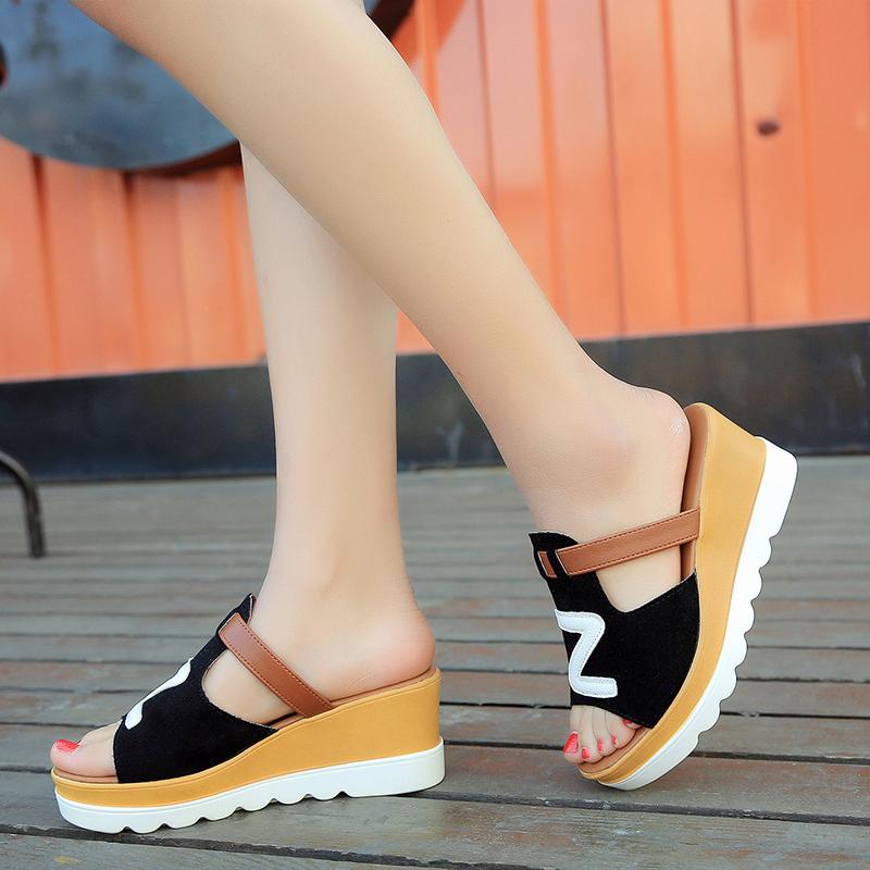 2021新款韩版百搭厚底坡跟凉拖鞋女夏季松高跟鞋子时尚外穿女拖鞋