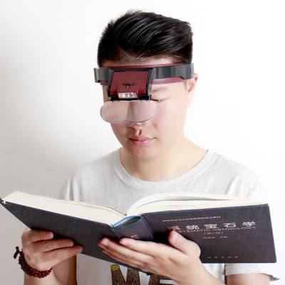 Lens clip magnifying glass magnifying acrylic lens can clip the glasses to read clearly, old people read newspapers and books