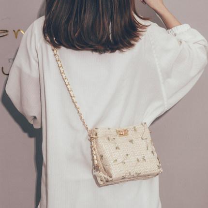 草编小包包女2019新款洋气少女蕾丝链条斜挎包仙女百搭编织水桶包