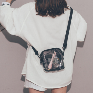 上新小包包女2021新款韩版百搭透明蹦迪斜挎包ins时尚网红小黑包