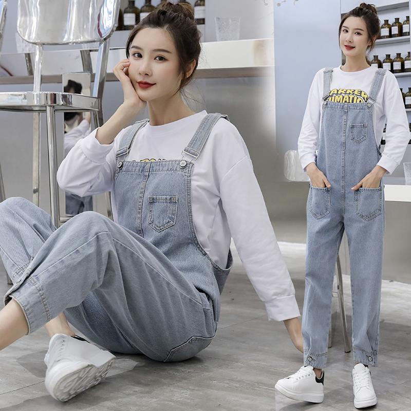 实拍2020女新款韩版宽松印花卫衣+网红牛仔背带裤工装裤两件套潮