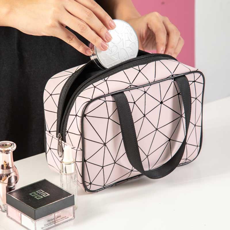 化妆包女网红ins风超火小号便携大容量旅行防水收纳盒袋品洗漱包