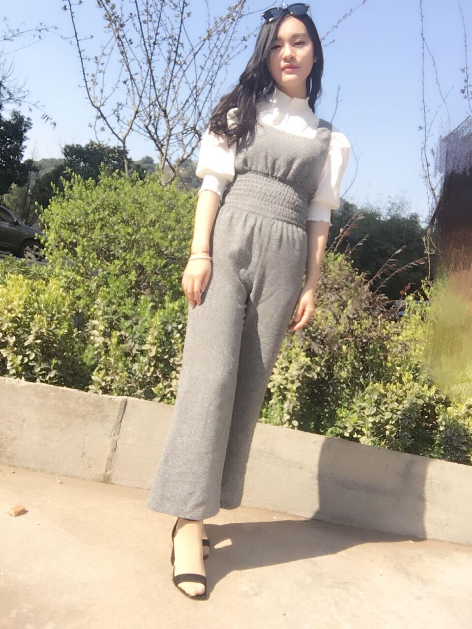 2017春秋季新品小怡同款女神麻质感气质灰色连体裤大长腿长裤女