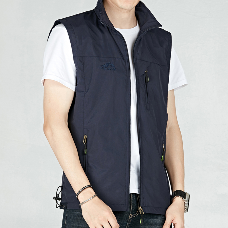Spring and summer thin large mens Vest outdoor Multi Pocket tooling fishing vest quick drying breathable photography vest