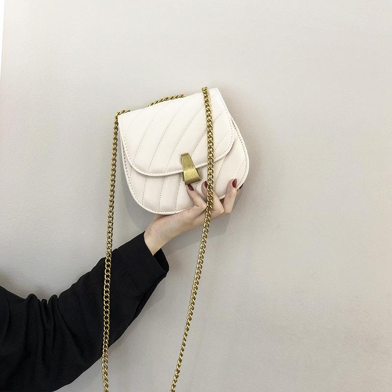 欧洲站代购Lolita洛丽塔包袋2021春夏新款女包洋气斜挎包马鞍包女