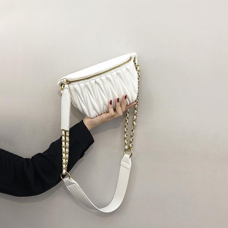 European station buys Lolita Lolita bag, new wrinkled waist bag, foreign style fashion messenger bag and chest bag