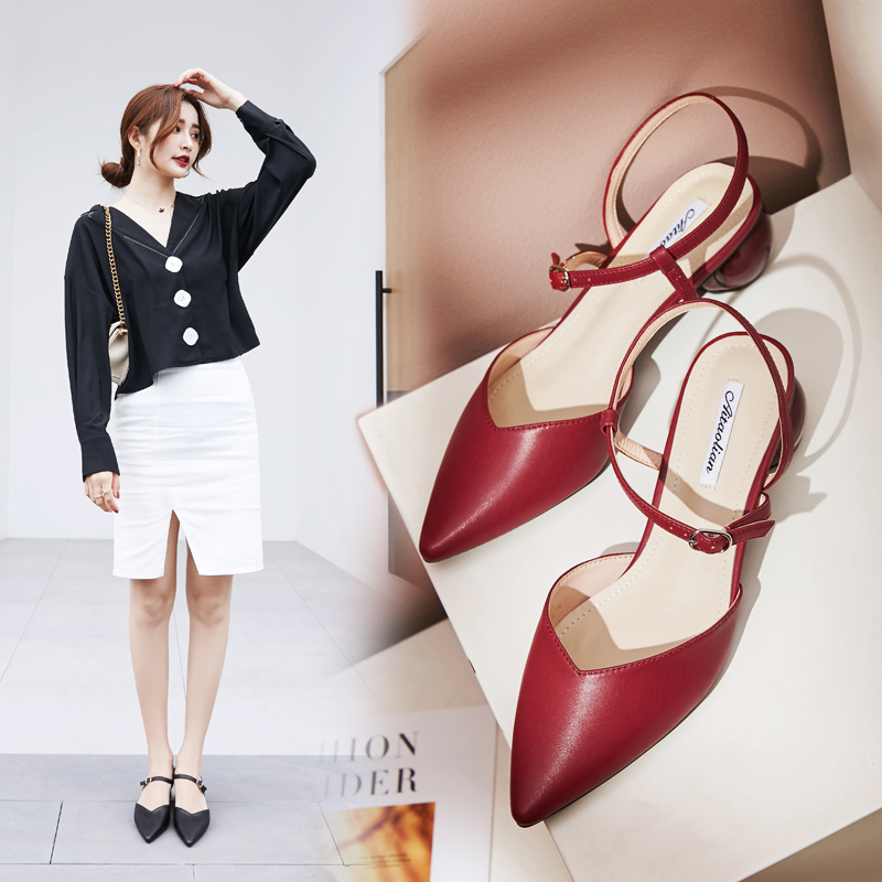 Evening and evening 2020 new fairy style pointed single shoes thick heel one button Baotou sandals gentle high heels women summer