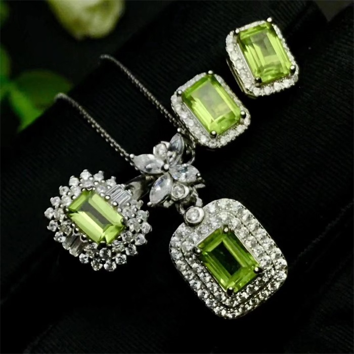 S925 Sterling Silver Plated 18K Gold Natural olivine pendant ring earrings Gem Jewelry Set
