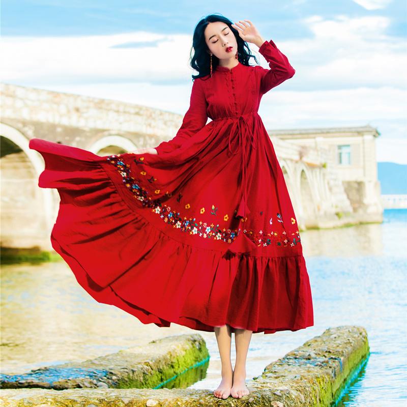 秋装女长袖民族风连衣裙复古红色茶卡盐湖青海湖旅游拍照度假裙子限100000张券