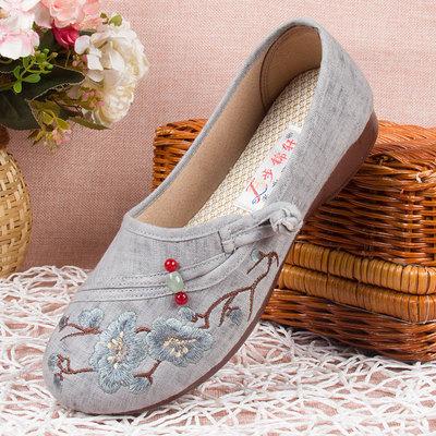 老北京布鞋女旗舰店新款妈妈单鞋子春秋款绣花女鞋老年人奶奶软底