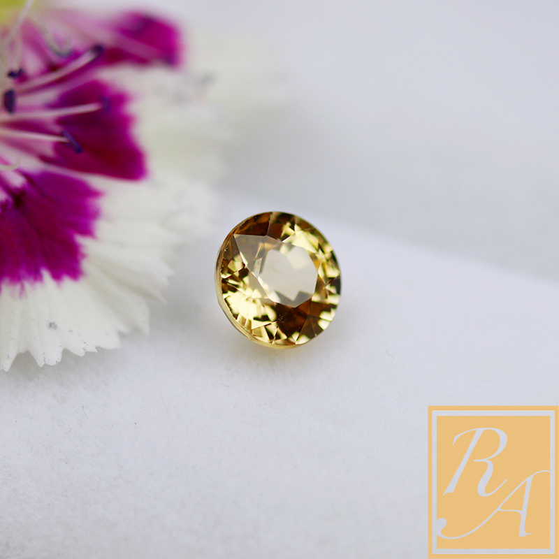 goods in stock! Natural unburned 1.02 carat color sapphire bare stone round bright yellow certificate customization