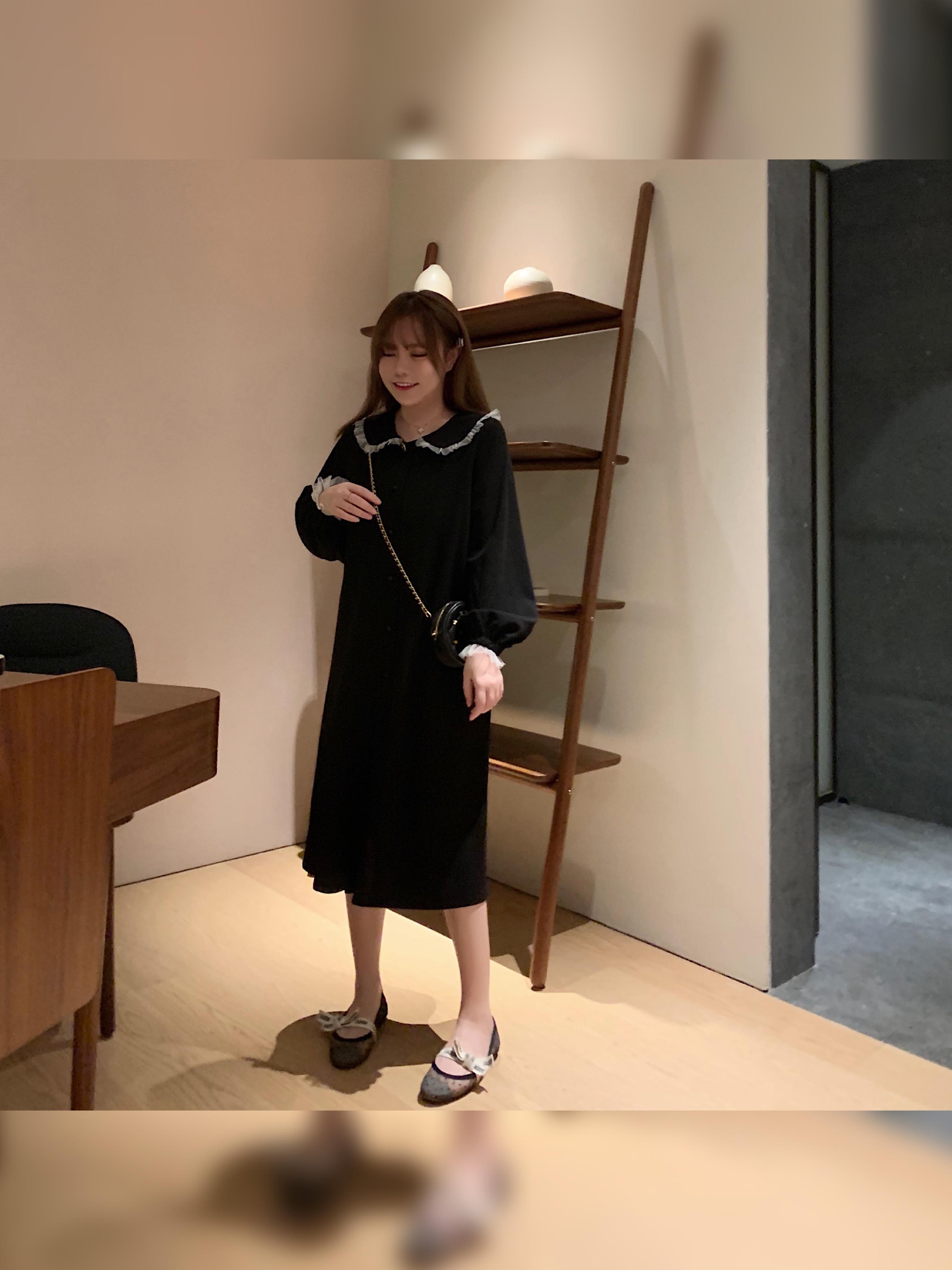FATFATBABY复古赫本小黑裙2019秋季新款显瘦花边娃娃领连衣裙大码券后170.05元