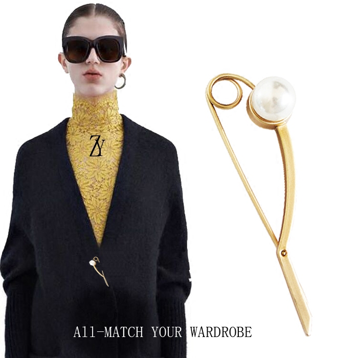 Brooch female Korean luxury cardigan atmospheric Cape pin buckle geometric decoration simple Pearl Brooch