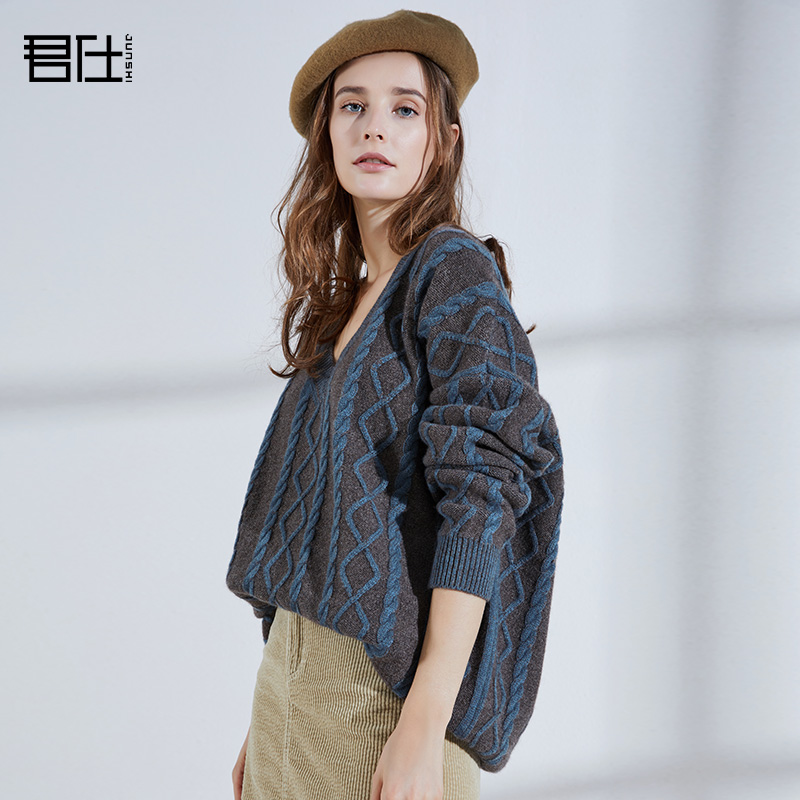 Junshi 2018 new yak Plush ins sweater for womens loose thick needle lazy wind Pullover thick knitted coat