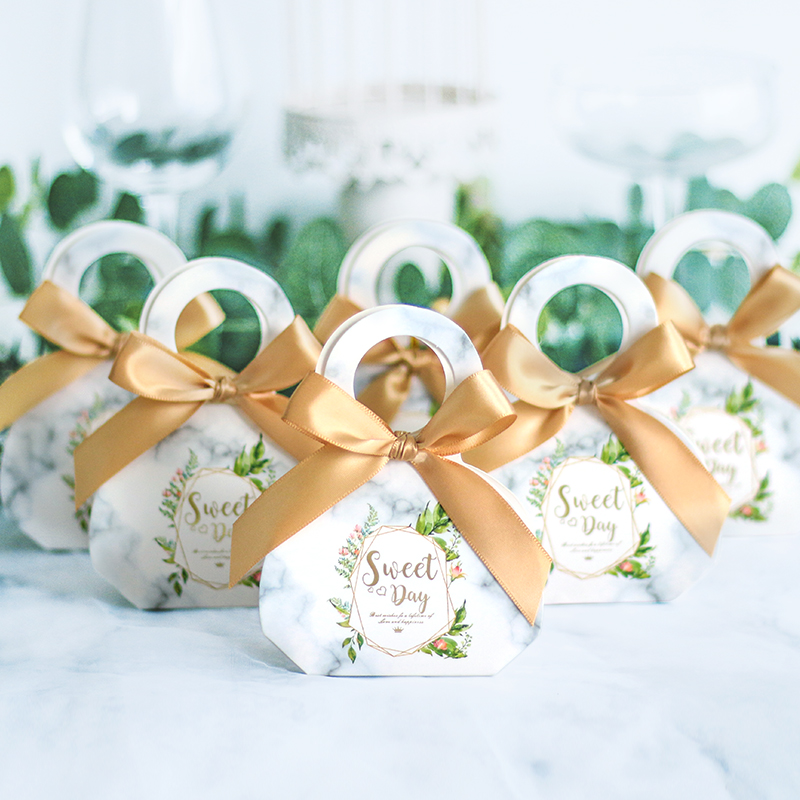 满0.55元可用1元优惠券億人 森系大理石花纹喜糖盒婚礼喜糖盒手提盒结婚用品回礼