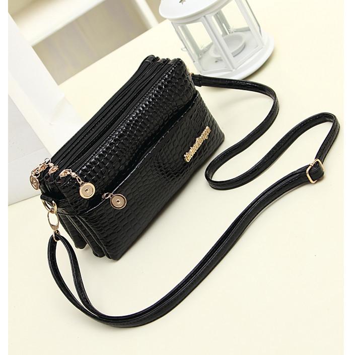 Bag Girl 2020 summer fashion trend womens bag mother bag multi-layer zipper Single Shoulder Messenger Bag Mobile Phone Wallet