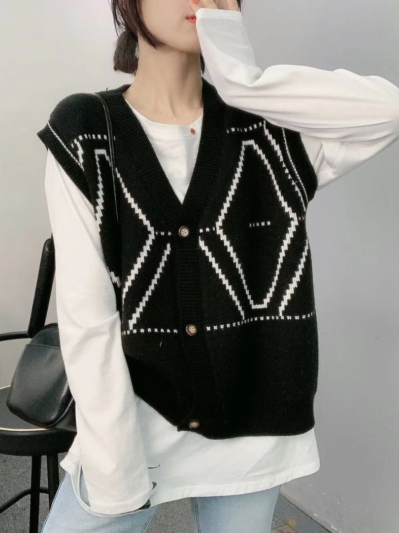 黑白菱形格单排扣开衫马甲无袖背心早春新款女毛衣针织衫欧洲站上