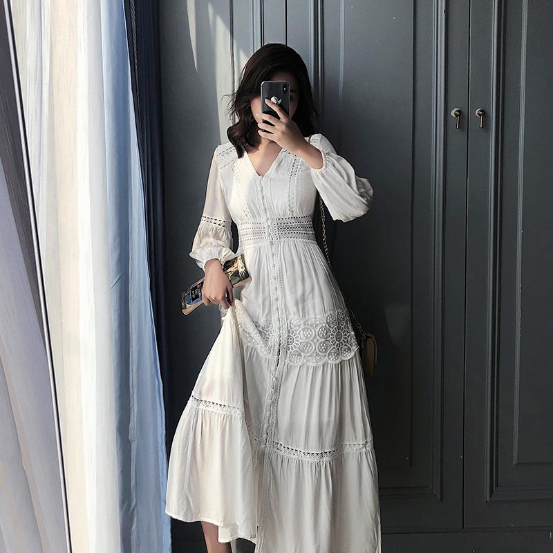 春装2020新款巴厘岛沙滩裙女超仙气质显瘦高腰长裙蕾丝白色连衣裙图片