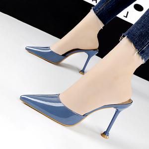 2021春夏新款简约包头漆皮外穿半拖鞋女时尚尖头细跟套脚高跟鞋潮