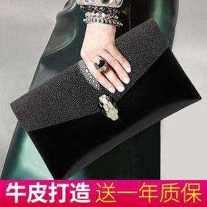 真皮手拿包女2021新款时尚斜挎小包