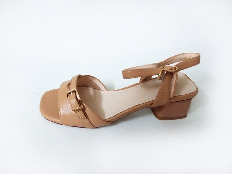 2020夏季新款粗跟小仙女一字带撞色凉鞋中跟晚晚鞋ins潮高跟鞋女