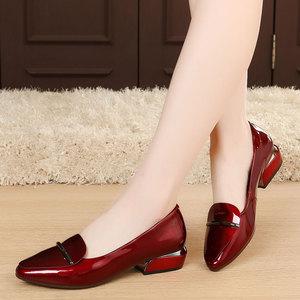 春季女鞋中跟单鞋女粗跟真皮女士鞋子韩版百搭职业小皮鞋大码4143