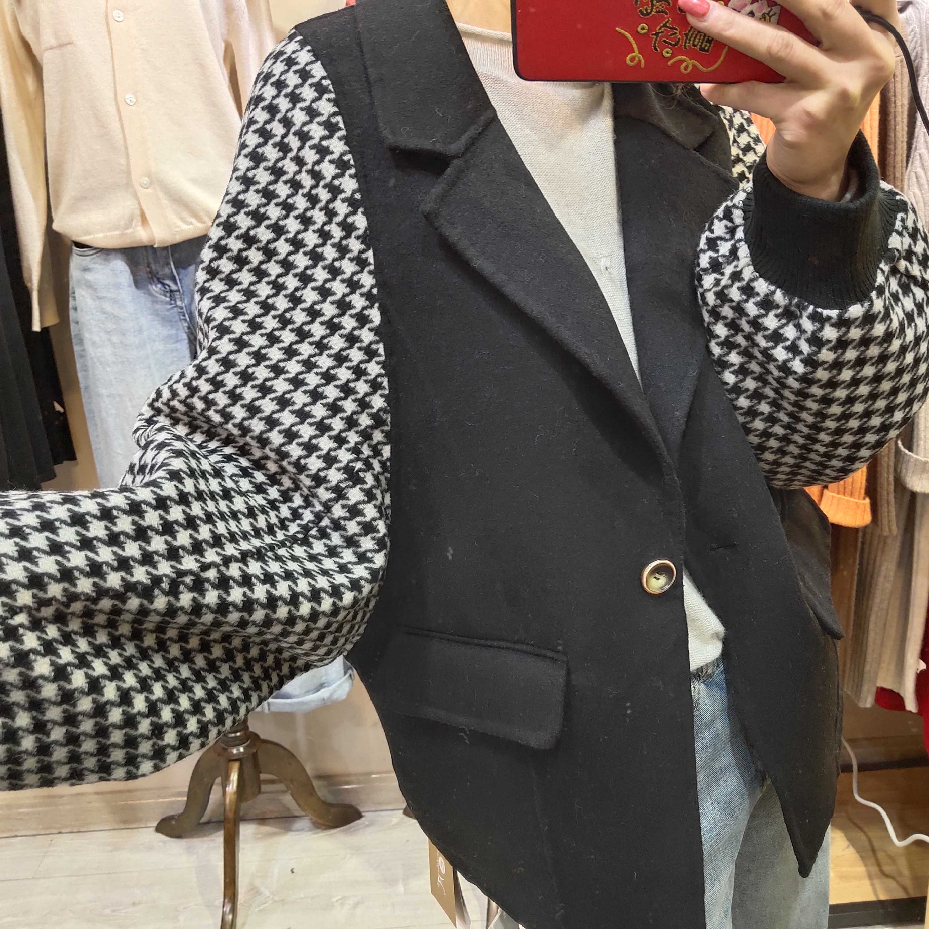 Europe station autumn / winter 2019 new European style suit collar double face cashmere coat women short small fragrant check coat