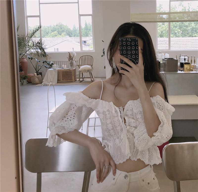 夏女装镂空宽松chic蕾丝衫吊带短款露肩性感超仙短袖一字肩上衣女