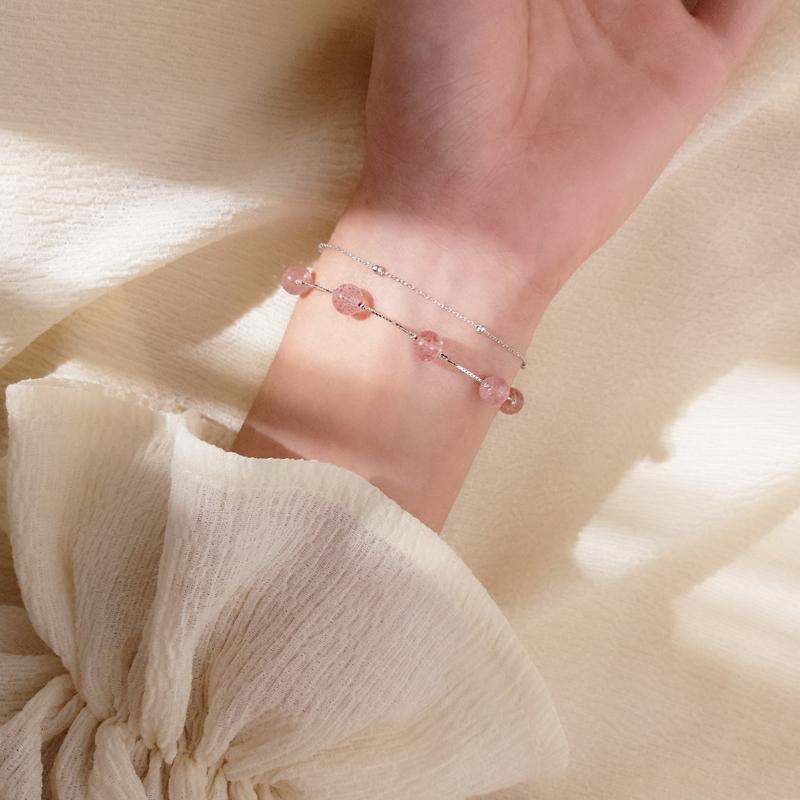 @小麋人 双层草莓粉色豆沙爱情圆珠水晶S925纯银手链气质手串女款