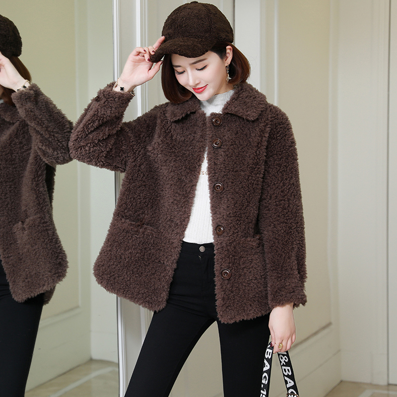 Haining sheep shearing fur short model 2020 autumn winter new fur one piece granular fur coat Korean women's coat